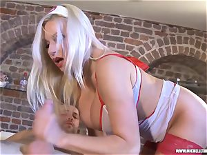 Michelle Thorne rubdown parlour offers mouth vag nail