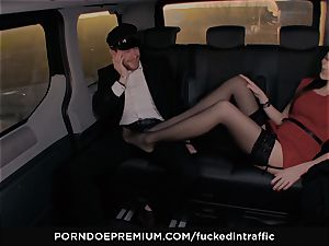 humped IN TRAFFIC - Footjob and car hook-up with Tina Kay