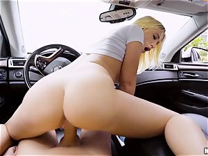 Bailey Brooke humped deep in her vag in the car