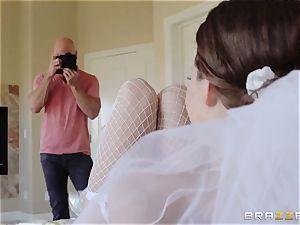 Jenni Lee romping her wedding cameraman
