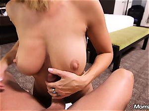 Face boning very first Time milf with elastic mounds