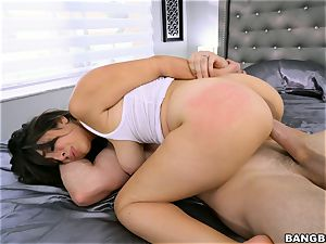 busty Nina Lopez jammed by a giant spear