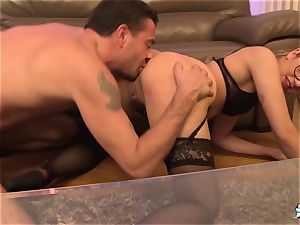 La Cochonne – ultra-kinky anal 3 way with French rookie