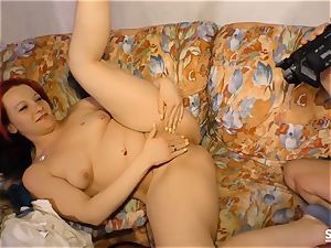 SEXTAPE GERMANY - red-haired German beginner pulverizes on cam