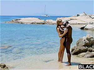 BLACKED heavy black guy smashes ash-blonde tourist on the beach
