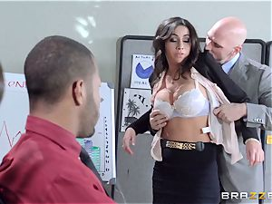 fresh doll Stephani Moretti filled with spunk at work