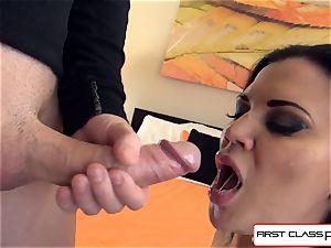 sloppy, ultra-kinky, Jasmine knows how to make a guy jism