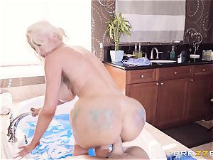 plunging that phat cock into big-boobed Nicolette Shea