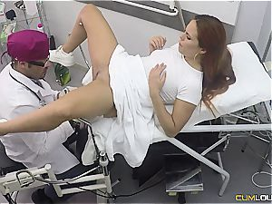 Spanish ginger-haired gets a deep vag check-up