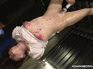 Her sleek and wet coochie getting toyed waxed and humped