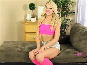 Zoey Monroe wet labia