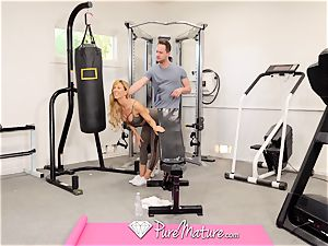PUREMATURE Sexual training gym bang with milf