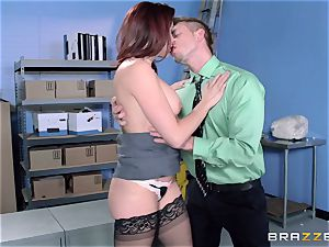 Chanel Preston penetrates her cool guy at work