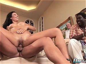 wife Zoey Holloway Cheats, husband witnesses