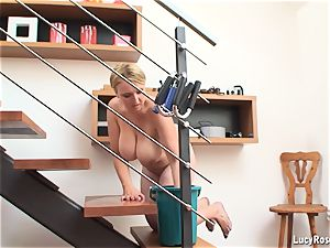 busty housewife Lucy Rose cleaning