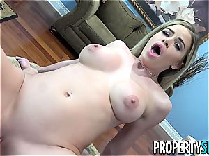 Realtor Jessa consults her stepcousin's shaft for free