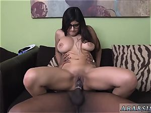 Arab youthful nymph Taking a 12� hard-on in her vagina is no easy task.