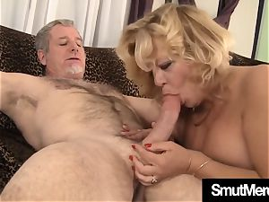 Mature damsel unshaved cooter shag