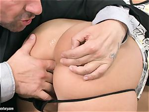 tramp Debbie white has a super hot red-hot three way