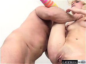 Piper Perri enjoys it harsh when it comes to banging