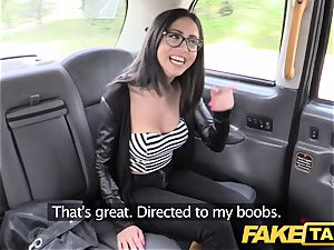 fake taxi Spanish brunette with nice shaven pussy