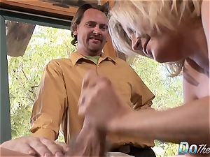 Housewife Lya pink uses her mouth and fuckbox on man-meat