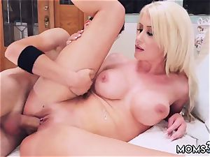 Real mommy hj Spying Juan eventually Got plowed By Stepmom