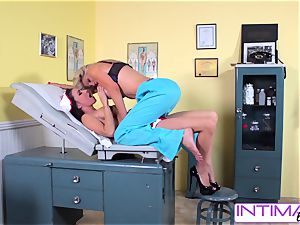 IntimateLesbians - Jessica, Puma and Nicole ravaging
