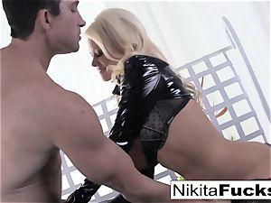 huge-titted Nikita nails a gigantic wood