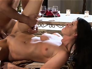 India Summers India Summers is loving the large chisel pleasing her sizzling puss har