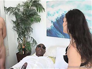 Paisley Parker Gets black boner and husband tongues Up spunk