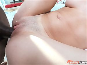 Braceface Piper Perri receives thick black beef whistle in her filthy clam