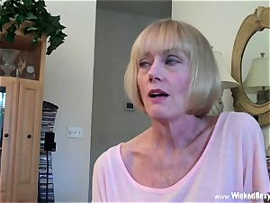 smashed Up plumb desire With fledgling GILF