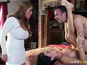 Kianna Dior catches her step daughter-in-law drilling a british fellow and steps in