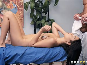 Maya Bijou massaged and banged
