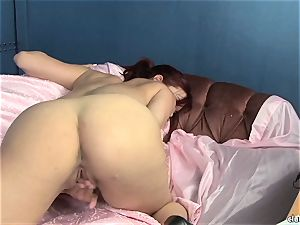 sensual Jayden Cole luvs taunting her jiggly humid clitoris