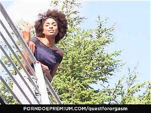 QUEST FOR ejaculation ebony stunner Luna Corazon voluptuous solo