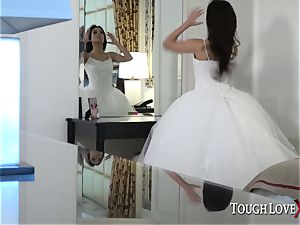 TOUGHLOVEX Jynx labyrinth cheats before her wedding