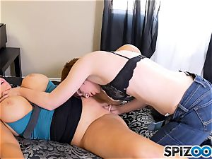 mummy Karen Fisher has her jiggly snatch tucked with cable on dildo from Lily Cade