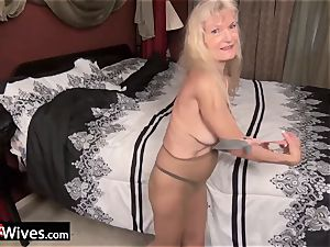 USAWives slim blonde grandmother Cindy solo have fun