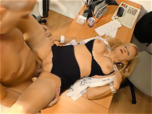 xxxOmas - German grandmother tonguing the jism off a spunk-pump