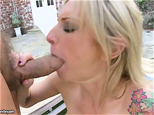 Brooke Biggs gets busted with hot spunk on her sloppy jaws