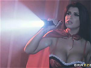jizm longing vampiress Angela milky sharing lollipop with Romi Rain