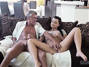DADDY4K. dad takes part in spontaneous intercourse with sweetie Erica ebony