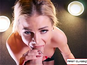 observe Jessa Rhodes taking a enormous man-meat down her facehole
